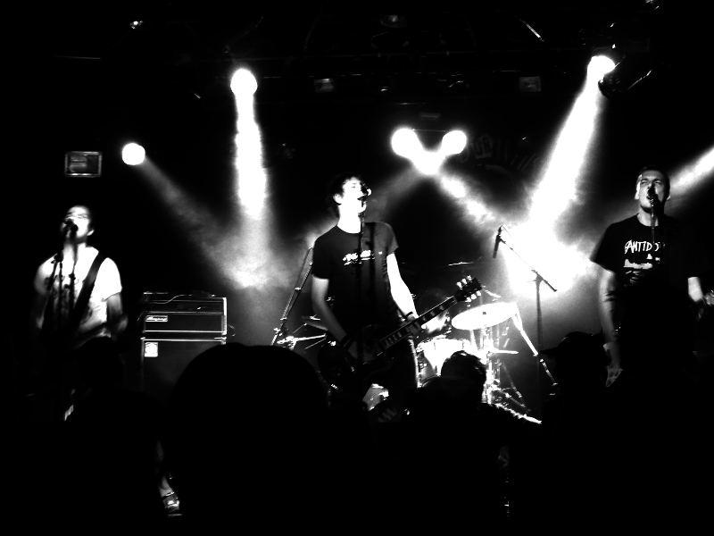 Bitter Grounds - Punk Live