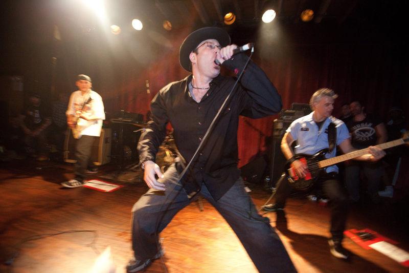 Drew Stone mit seiner Band Antidote.
