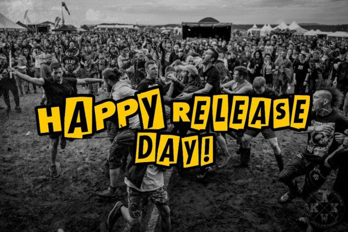 Happy Release Day (Photo by Jörg Baumgarten of Kuckuck Artworks)