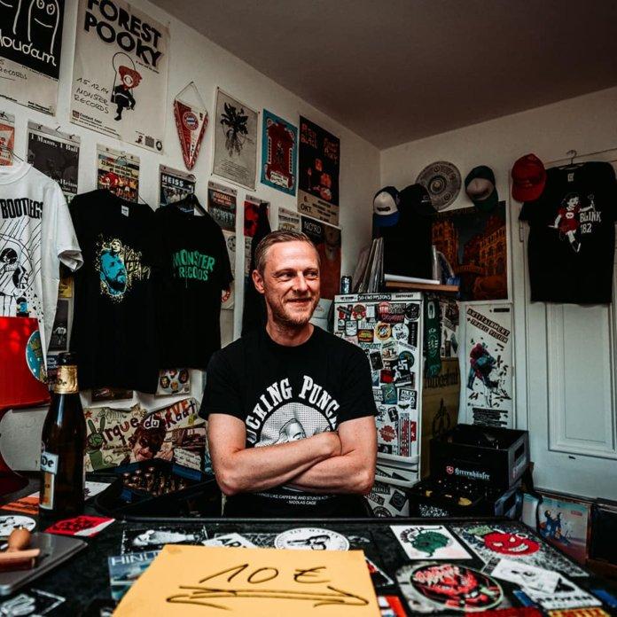 Sven von Monster Records