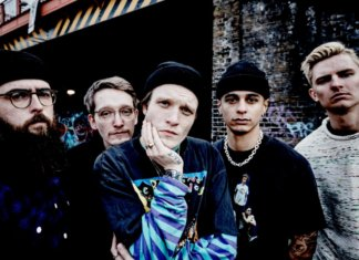 Neck Deep (Photo by Steve Gullick)