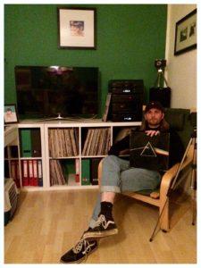 Simon mit Pink Floyd-Platte