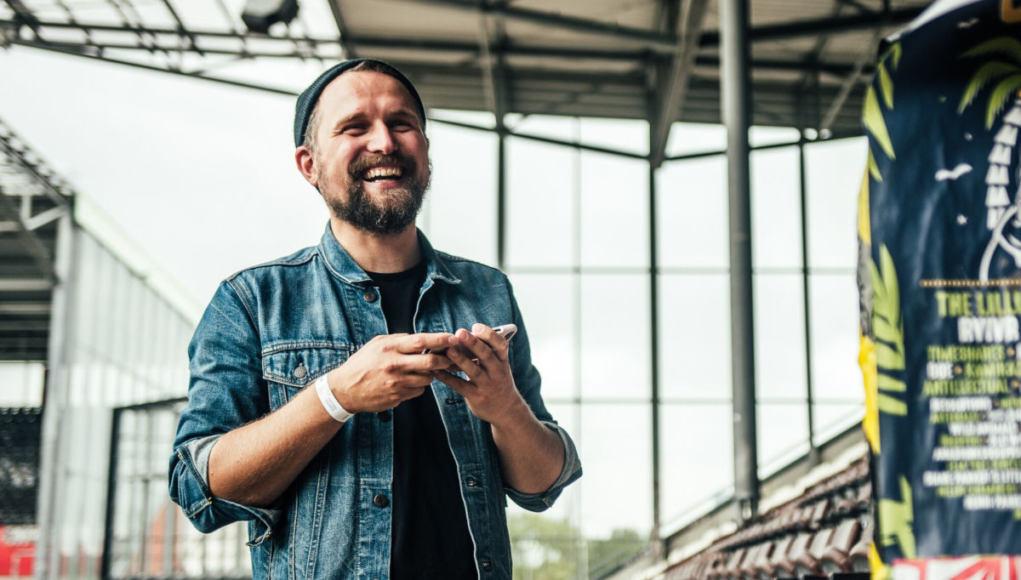 Stefan Jonas, Organisator des Booze Cruise Festival in Hamburg (Photo by Charles Engelken).jpg