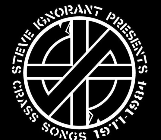 Steve Ignorant performing Crass-Songs