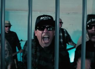 Manic Hispanic (Video-Screenshot)
